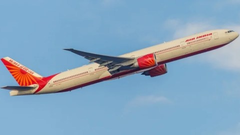 Air India Breaks the Record for World\'s Longest Flight