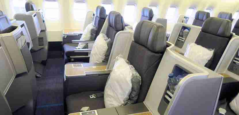 aa-american-767-300-business-class-featured-side1
