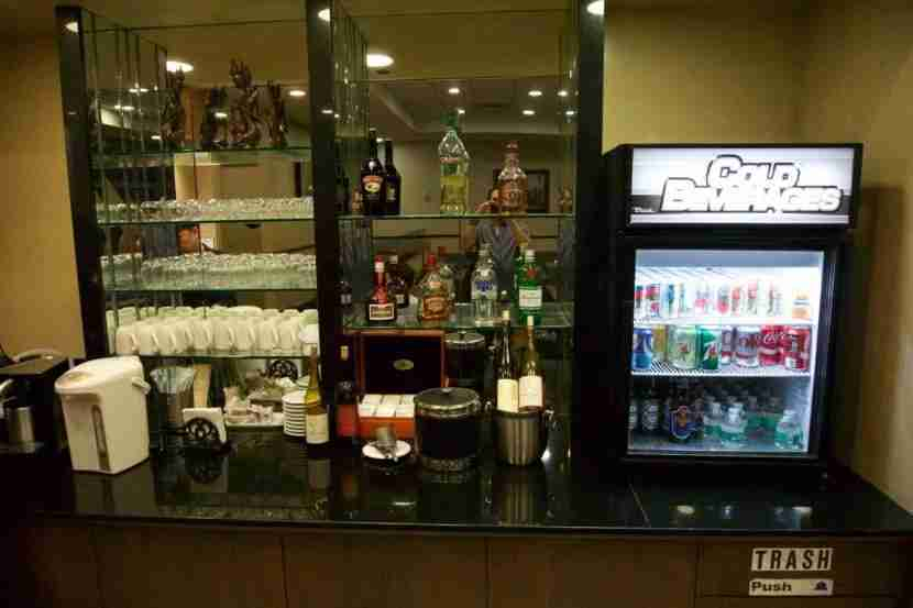 Self-serve bar at the SilverKris Lounge SFO