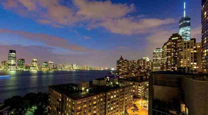 The views from the Ritz-Carlton Battery Park. Image courtesy of The Ritz-Carlton Battery Park.