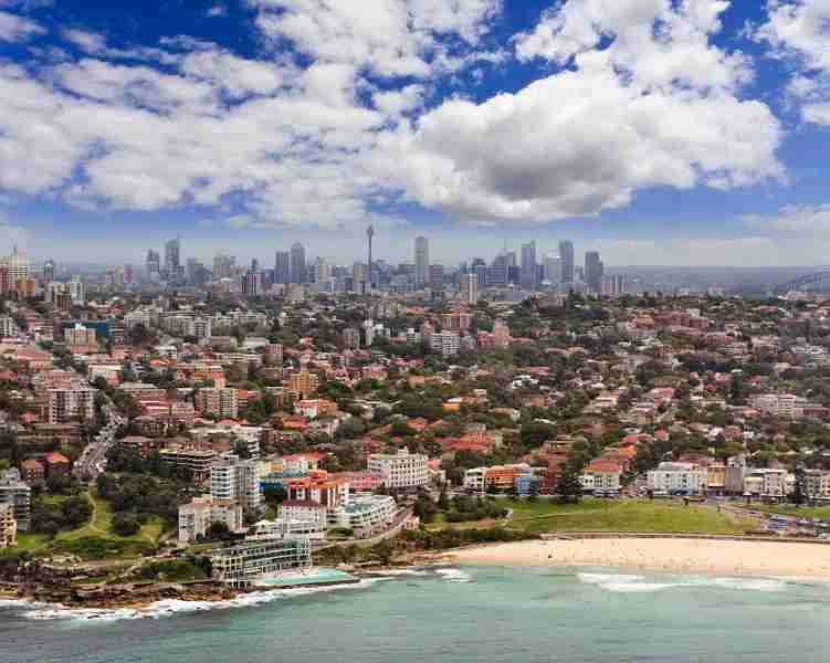 From the beach to the Harbour and everything in between, a visit to Sydney is a points-and-miles paradise. Image by Zetter/Getty Images.