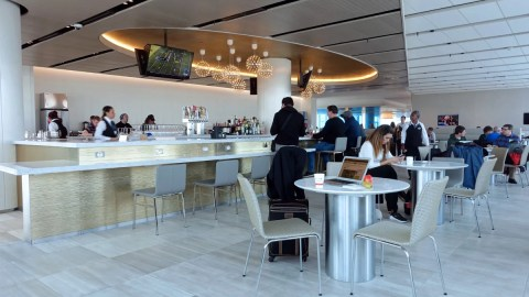 Airport Lounge Access Policies for Active Duty Military