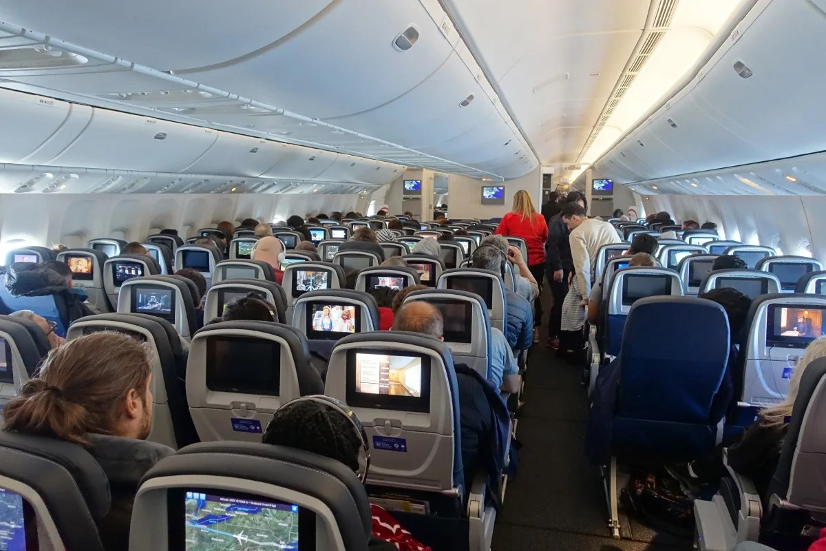 Where to Sit When Flying United's 777-300ER: Economy