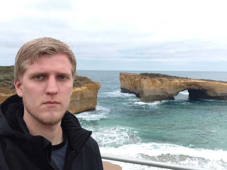 """Heard the Great Ocean Road was amazing, was just some stupid rocks."""
