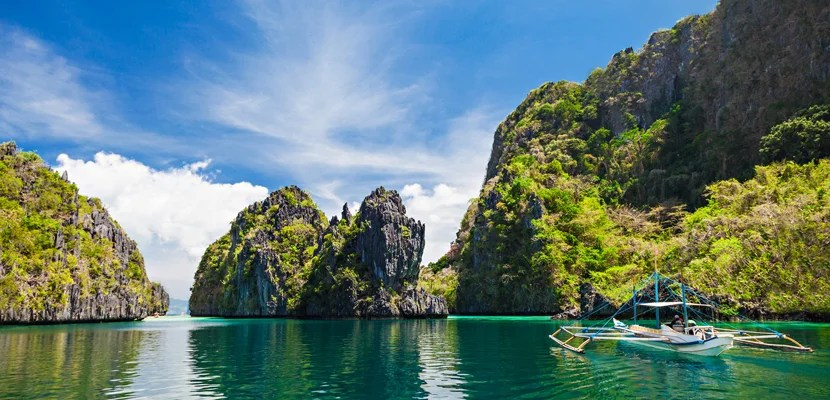 5 Tropical Islands to Visit Before They Become Tourist Traps