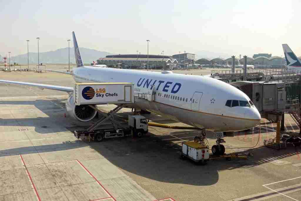 United 777-300ER 77W Polaris HKG Review