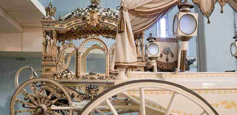 Yes, you can see an entire collection of funeral carriages in Barcelona. Image courtesy of Cementiris de Barcelona.