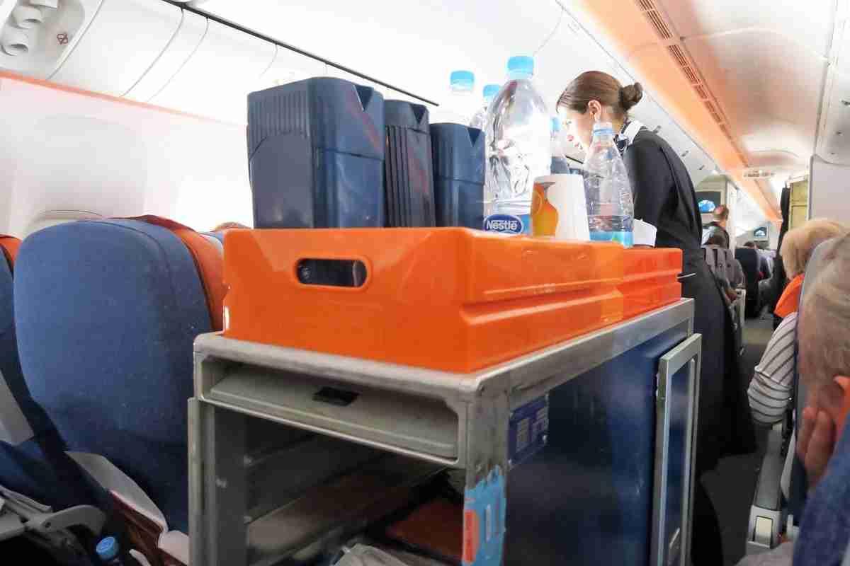 Aeroflot 77W SVO-JFK after-meal drink service