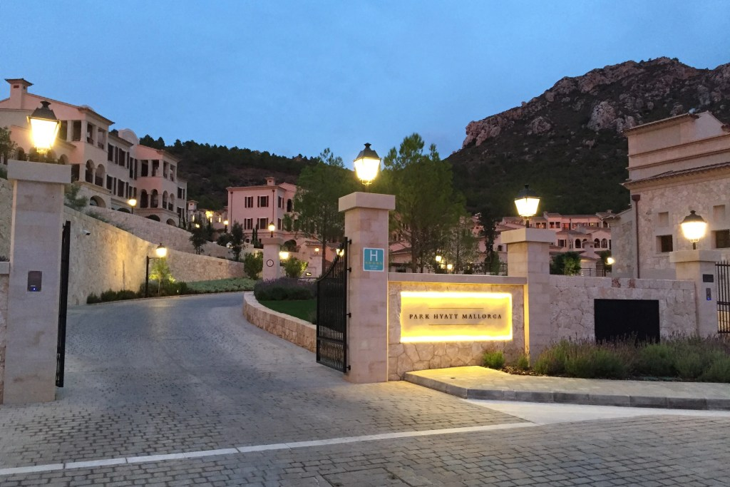 Park Hyatt Mallorca entrance 2