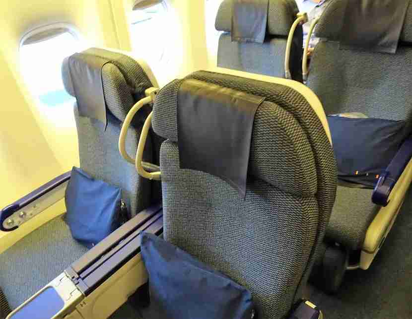 On the windows, seats were 2-across. Beware the reading lights.