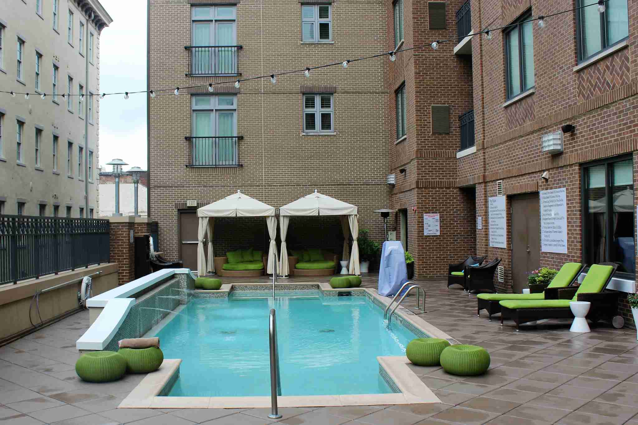 The pool was a classic rectangular design with a small water feature on the left hand side.