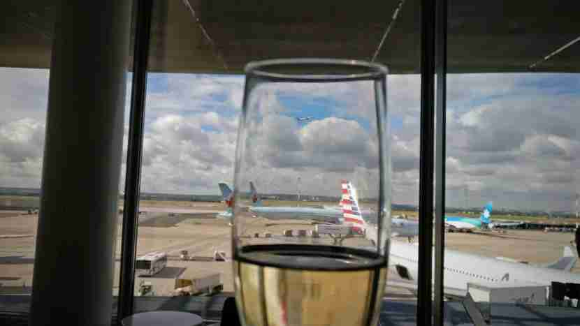 Champagne + Planes = Relaxing.