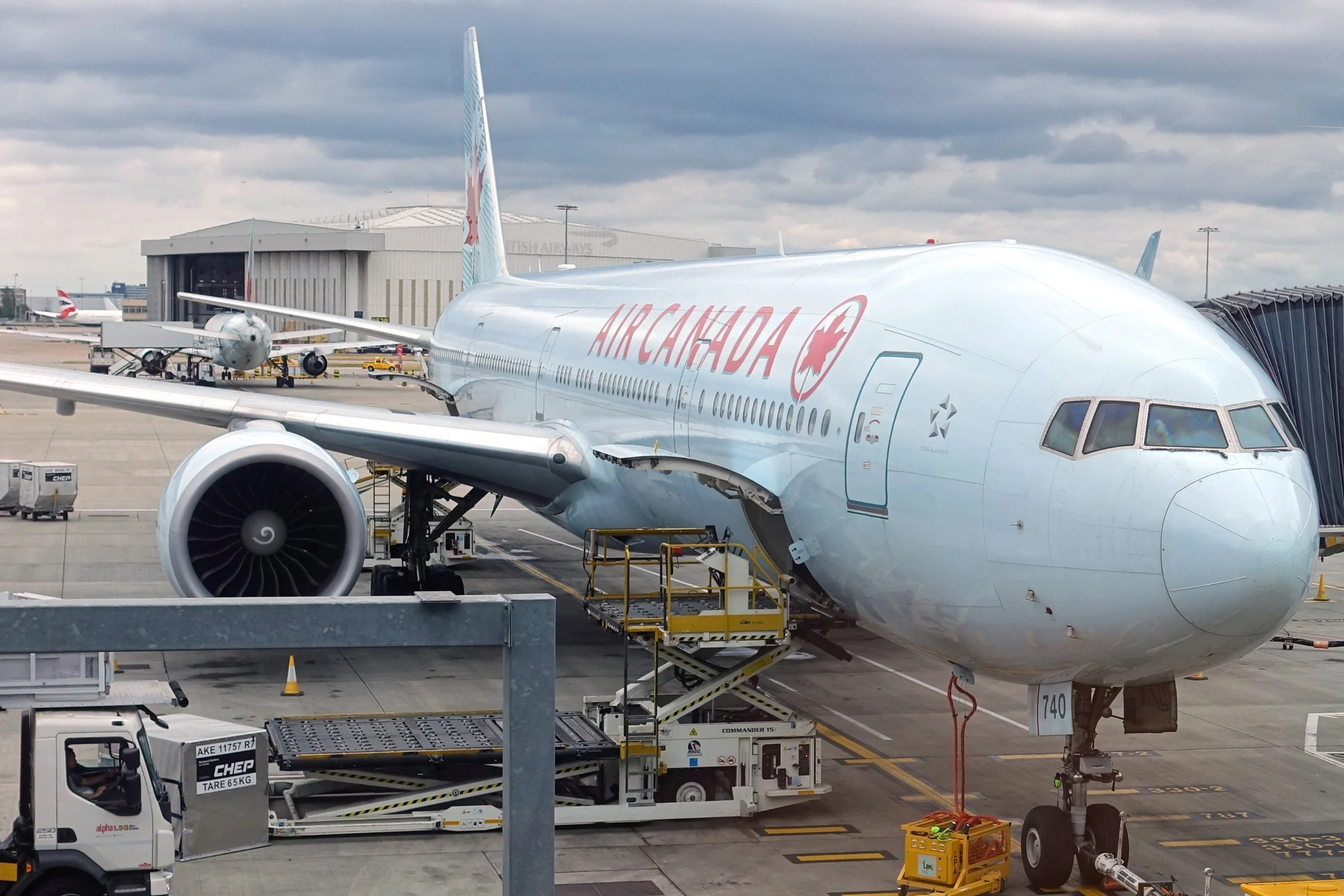 Air Canada 777 Tail Hit the Runway Upon Landing — Is That a Big Deal?