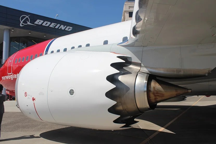 tour norwegian air s brand new boeing 737 max 8 rh thepointsguy com