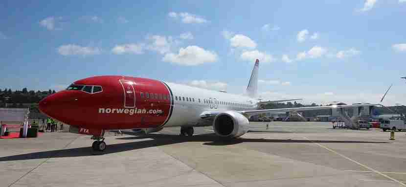 IMG Norwegian Air Boeing 737 MAX 8 on ground