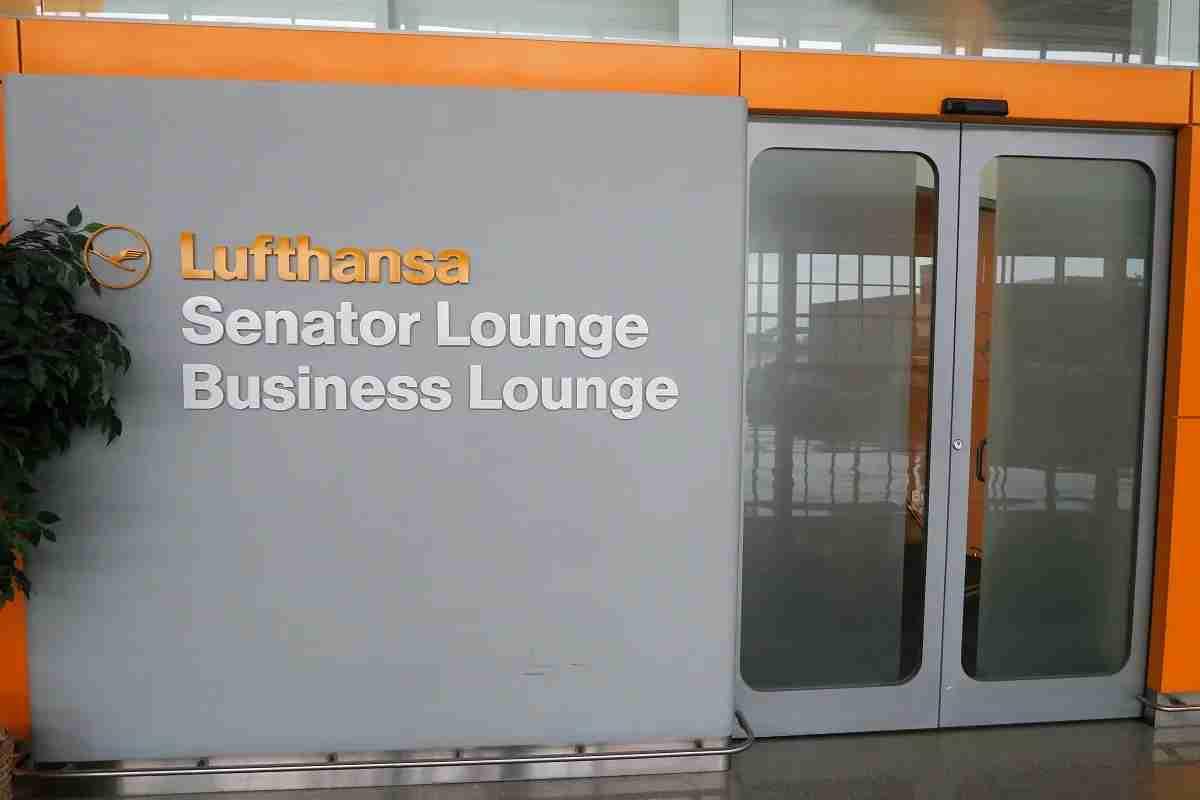Lufthansa IAD Dulles lounge entrance