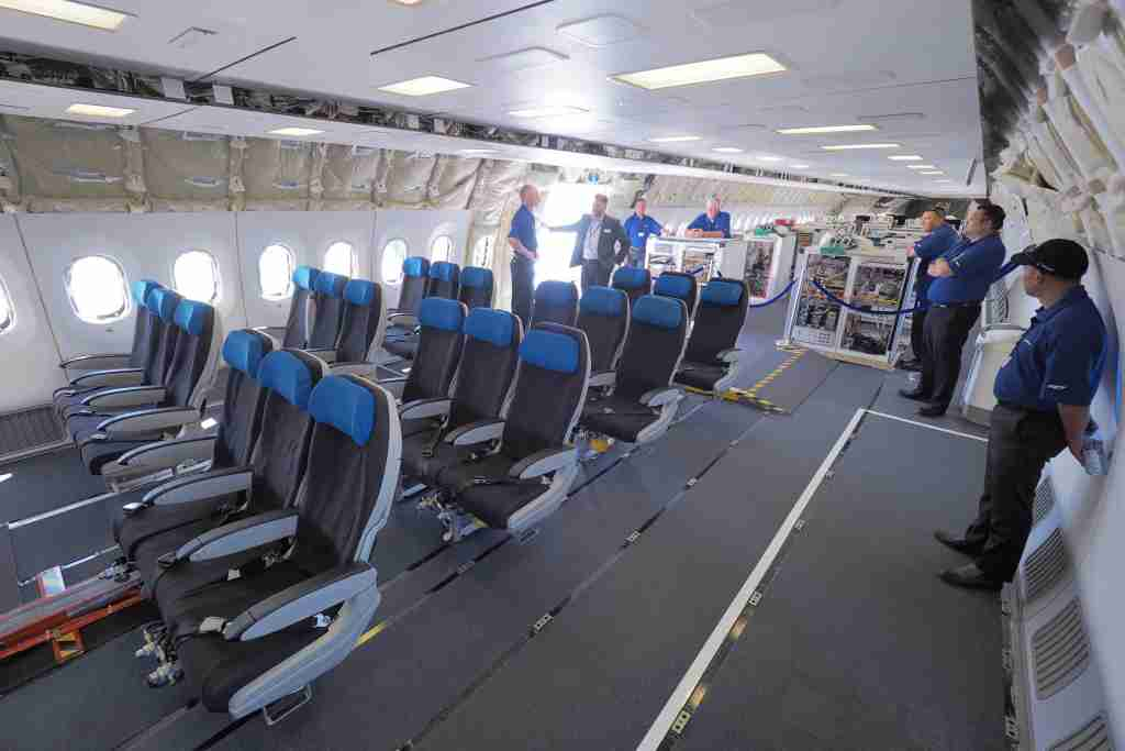 Boeing 787-10 PAS Tour