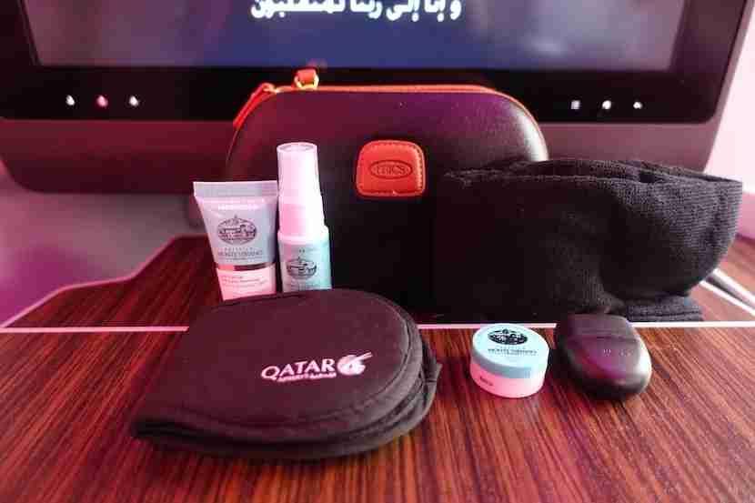 Qatar A350 amenity kit