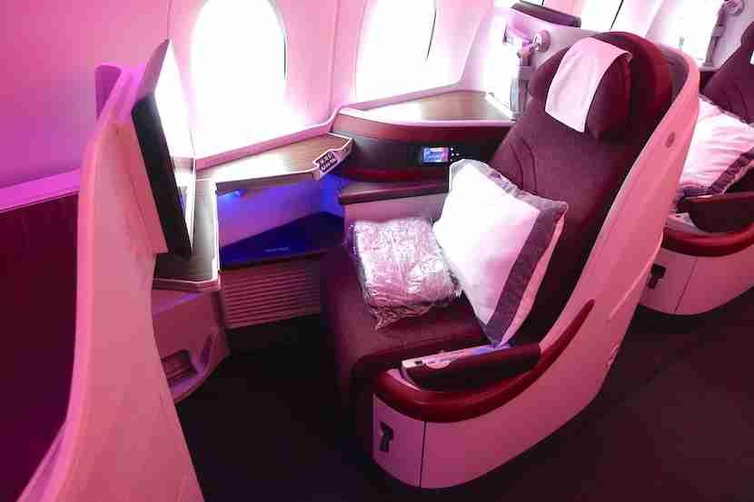 Qatar A350 side seat 1