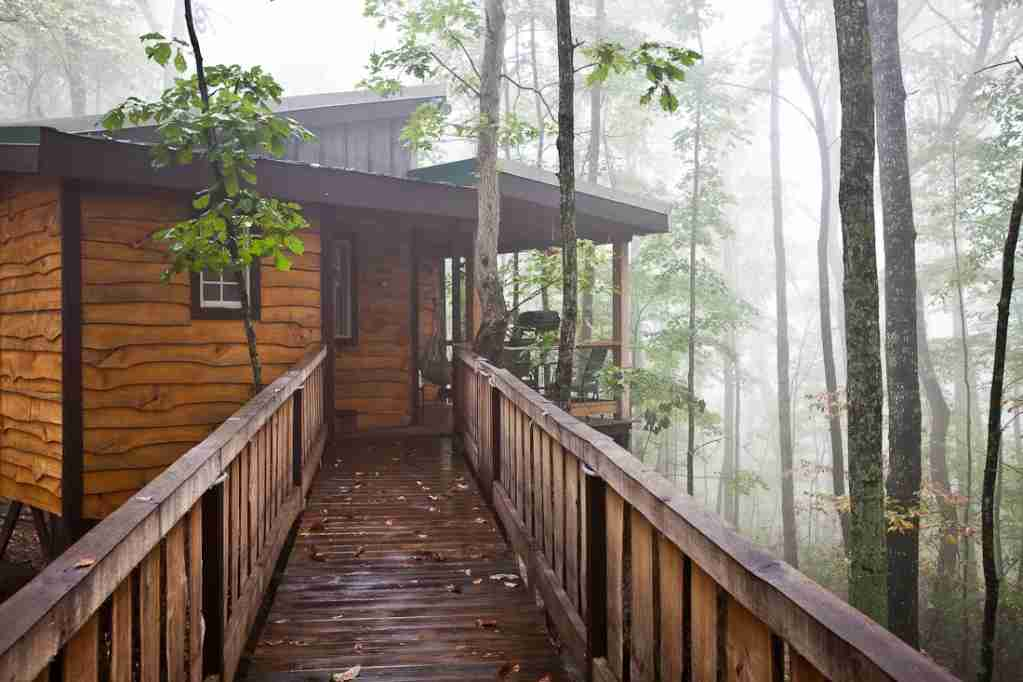 Hummingbird is a remote tree house located in the forests of Tennessee.Photo by Sheila Tjelmeland.
