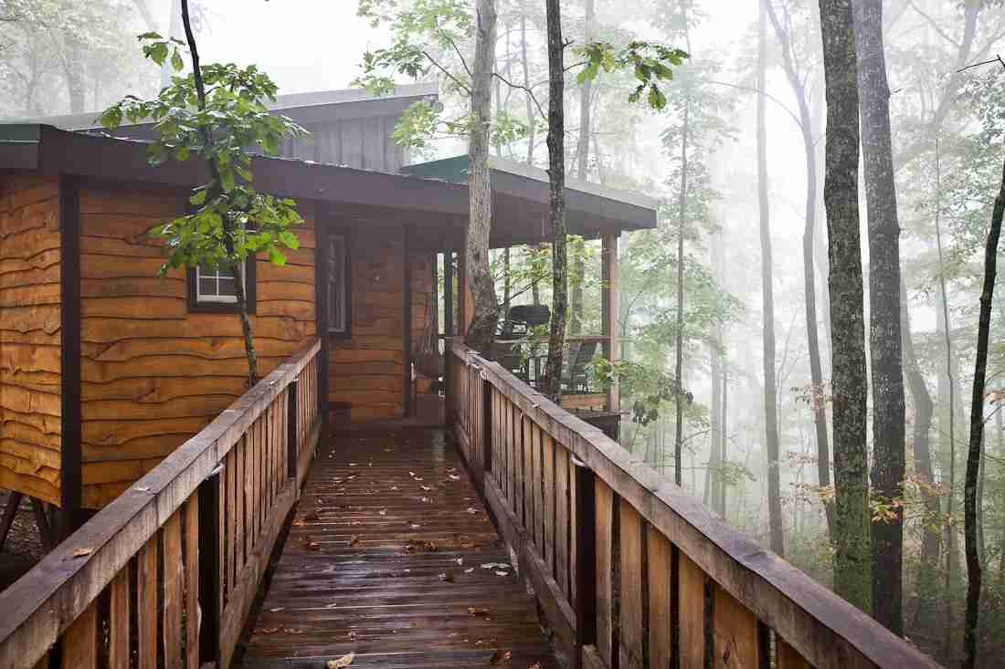Hummingbird is a remote tree house located in the forests of Tennessee. Photo by Sheila Tjelmeland.