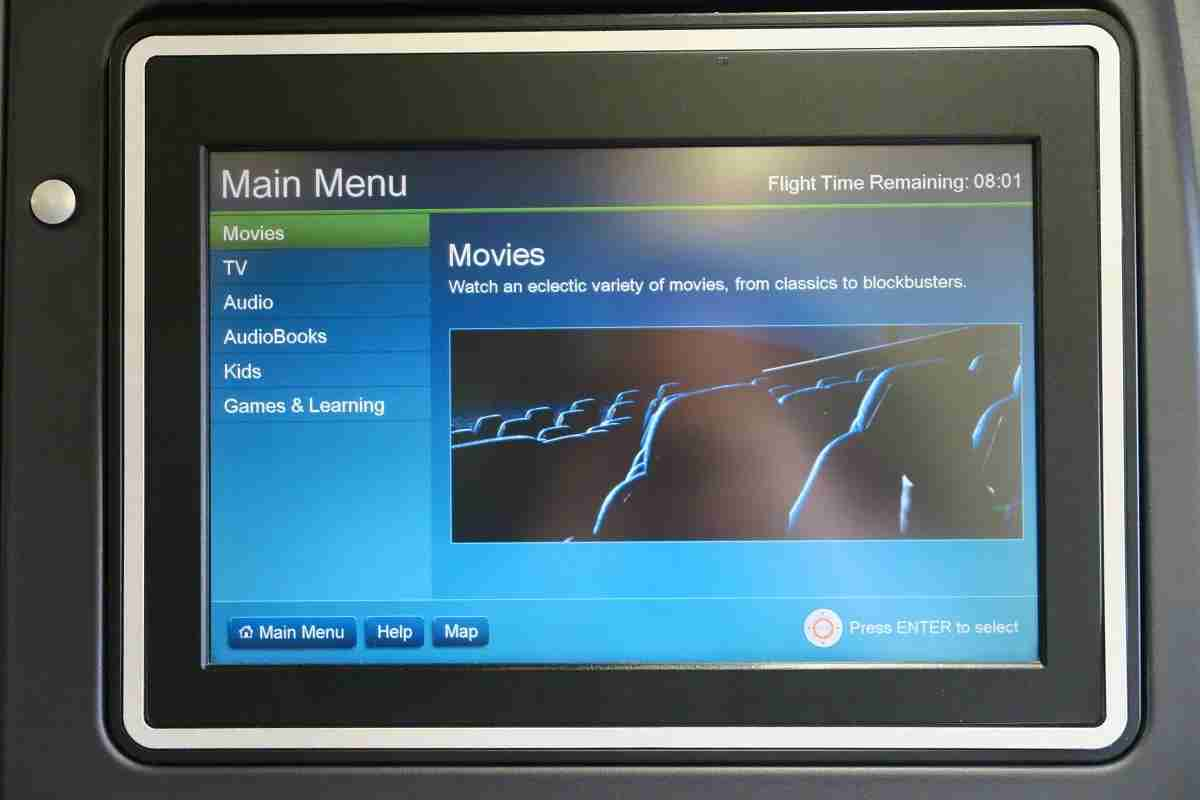 United 777-200 Polaris Business IFE options