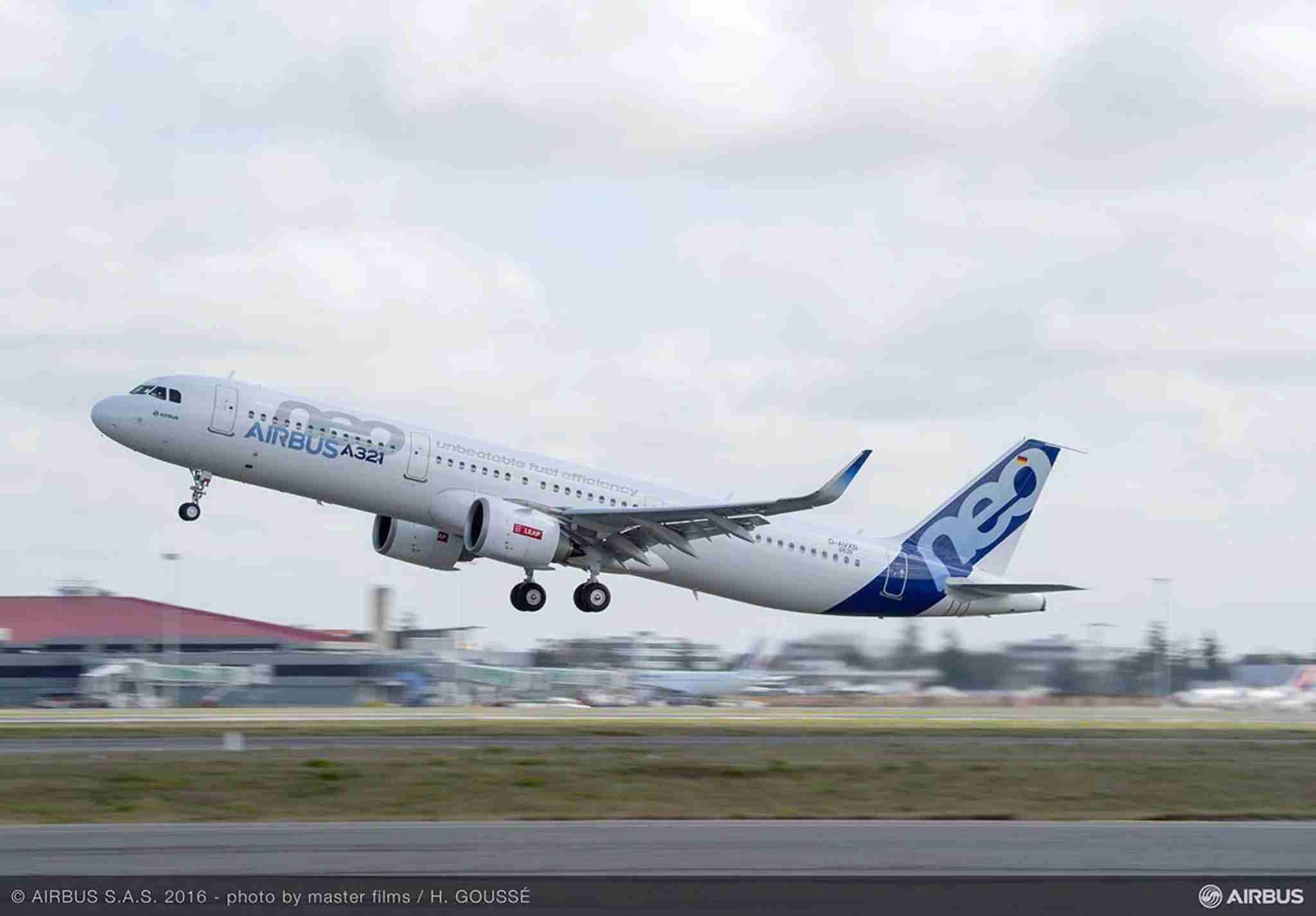 A321neo_TAKE_OFF_