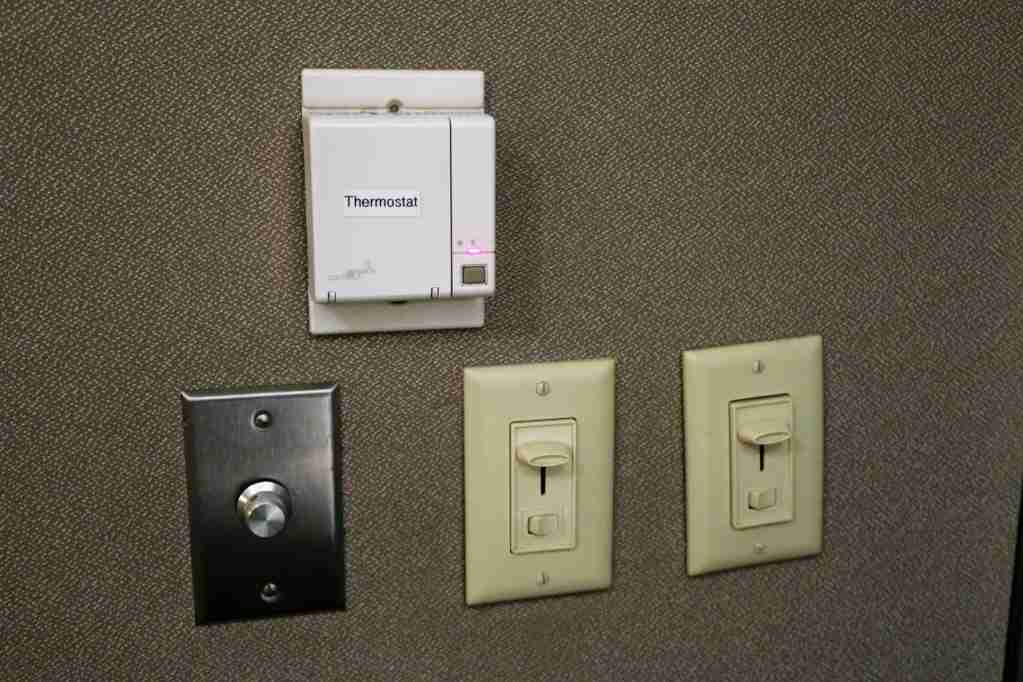 Minute Suites ATL thermostat