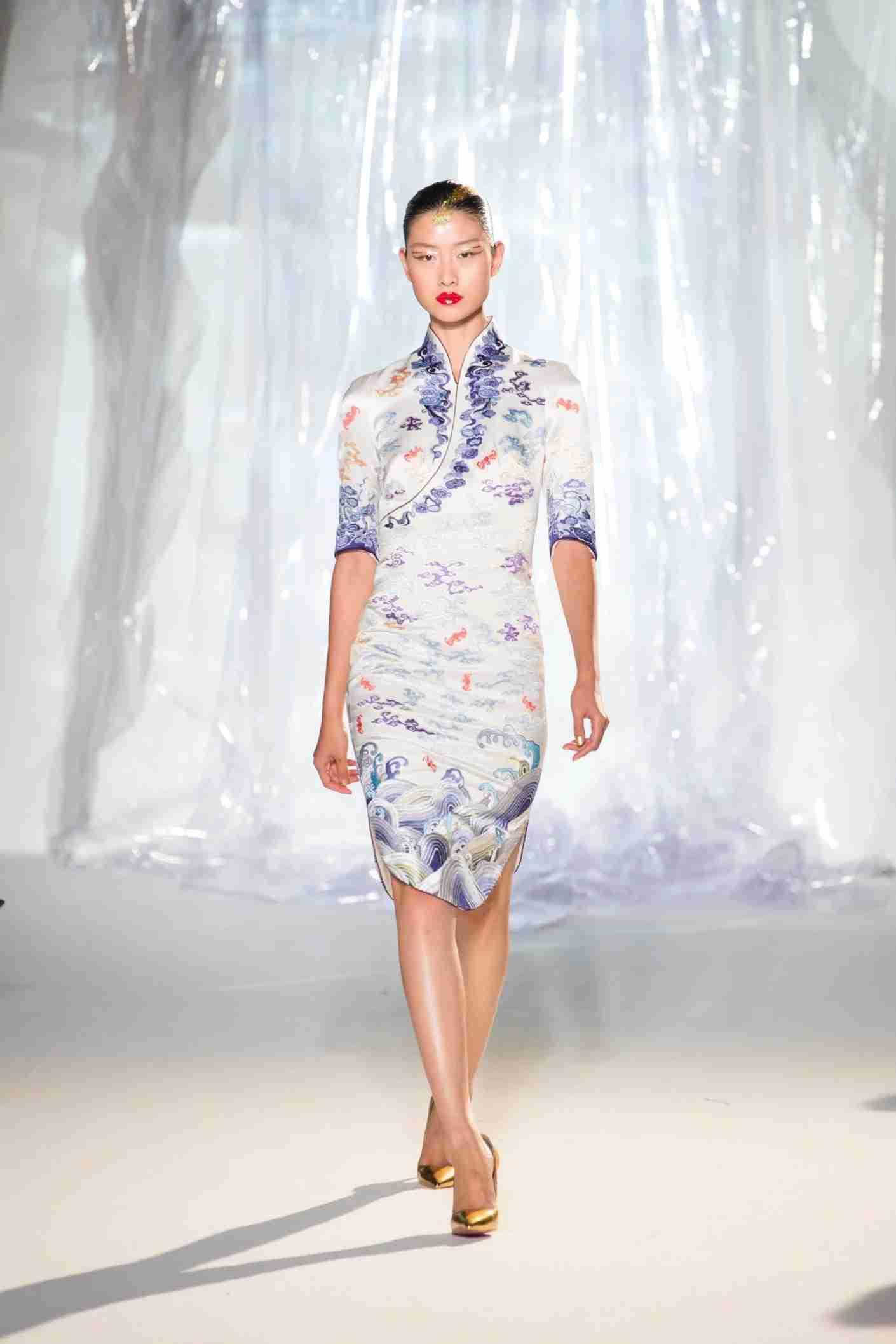 Hainan Airlines New Uniform - Female Cheongsam (PRNewsfoto/Hainan Airlines Holding Co., LT)