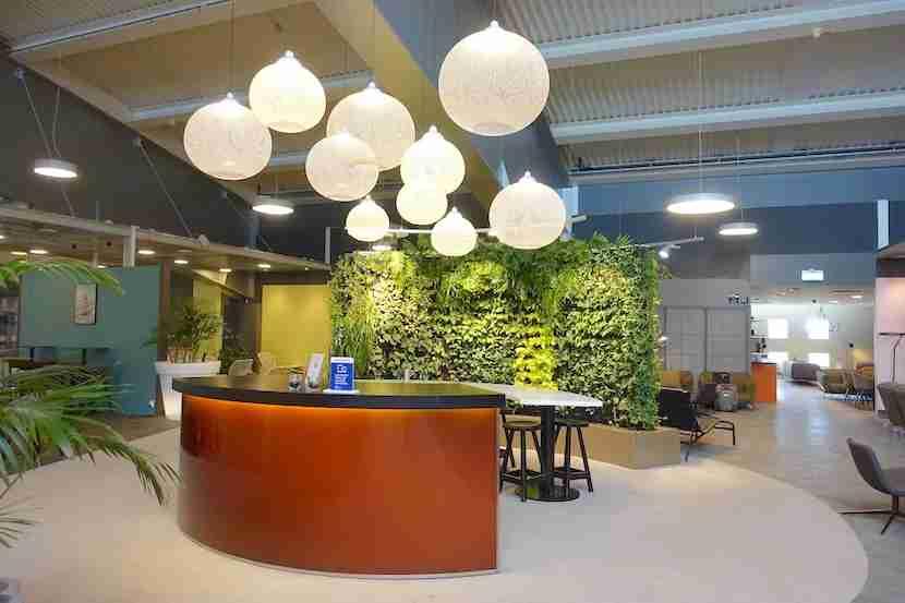 ARN lounge living wall