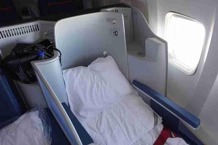 Delta 757 pillow
