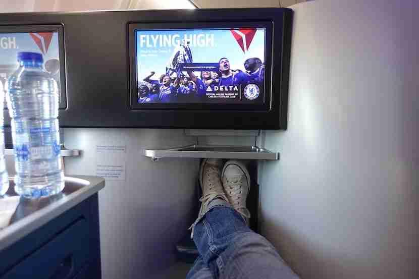 Delta footrest feet