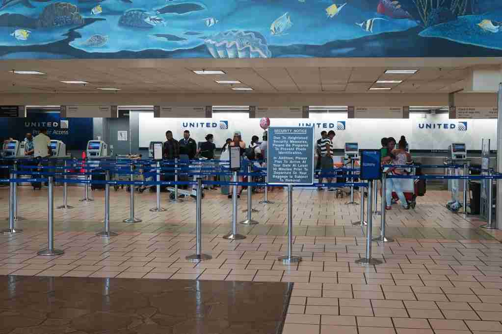 United Guam check-in desks