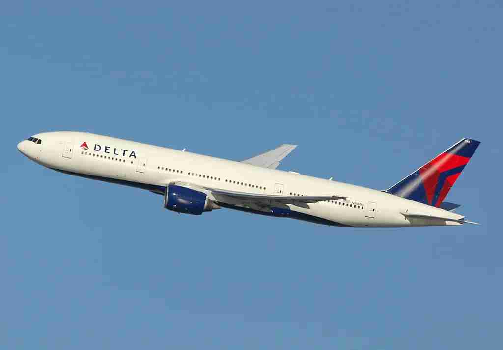 A Delta Boeing 777 at JFK. Photo by Alberto Riva / The Points Guy