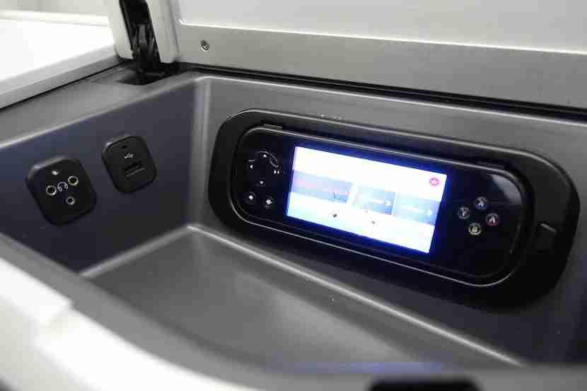 Air Canada seat plugs 1