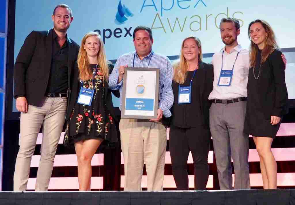 JetBlue accepts the 2017 Passenger Choice Award for Best Wi-Fi.