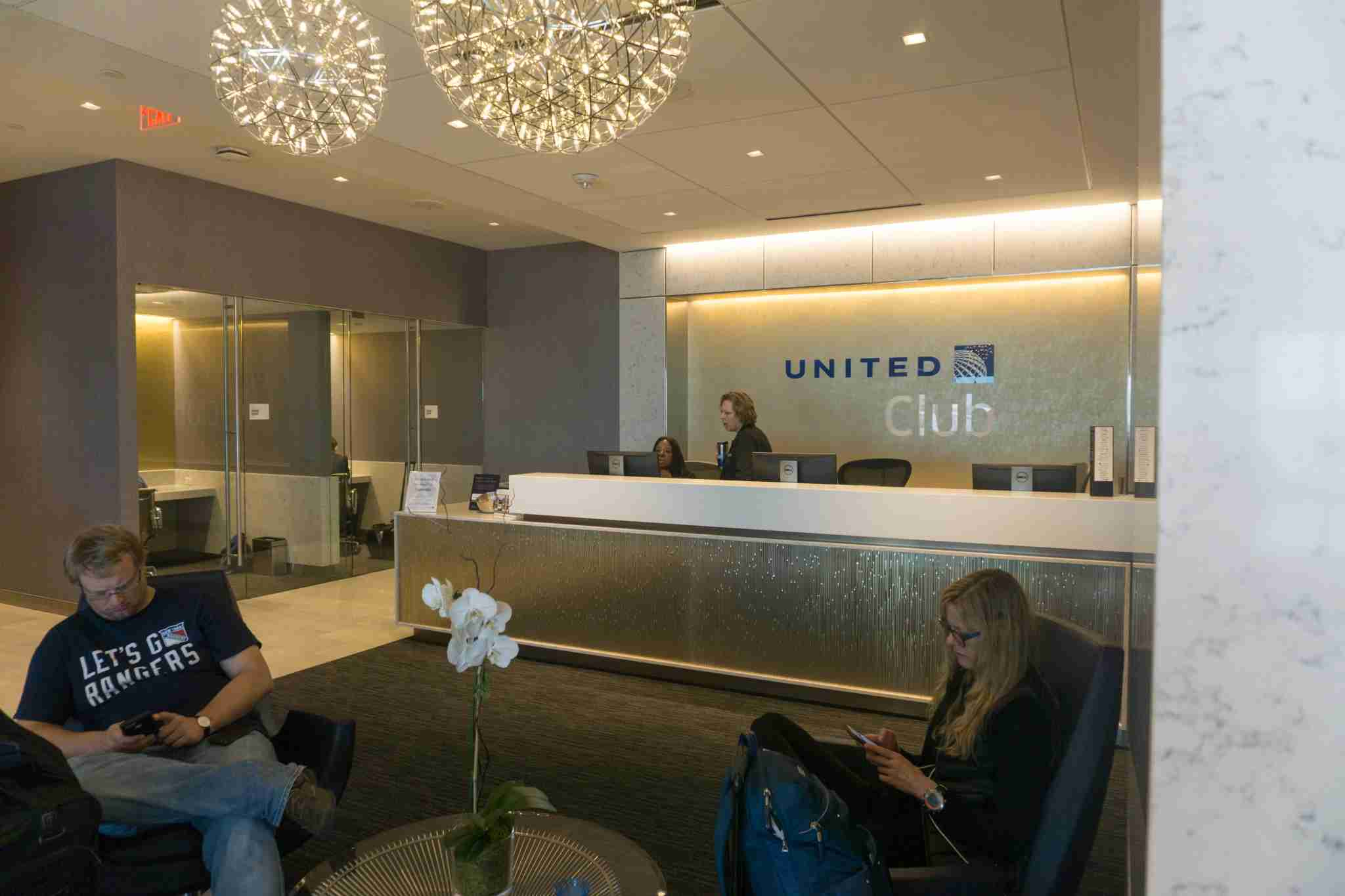 Customer Service Counter IAH United Club