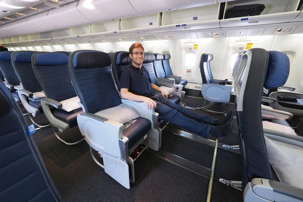 Touring United S First 767 With New Polaris Business Seats