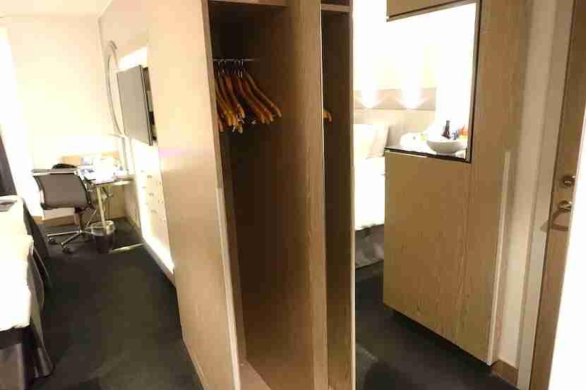 Radisson Blu Royal Viking closet