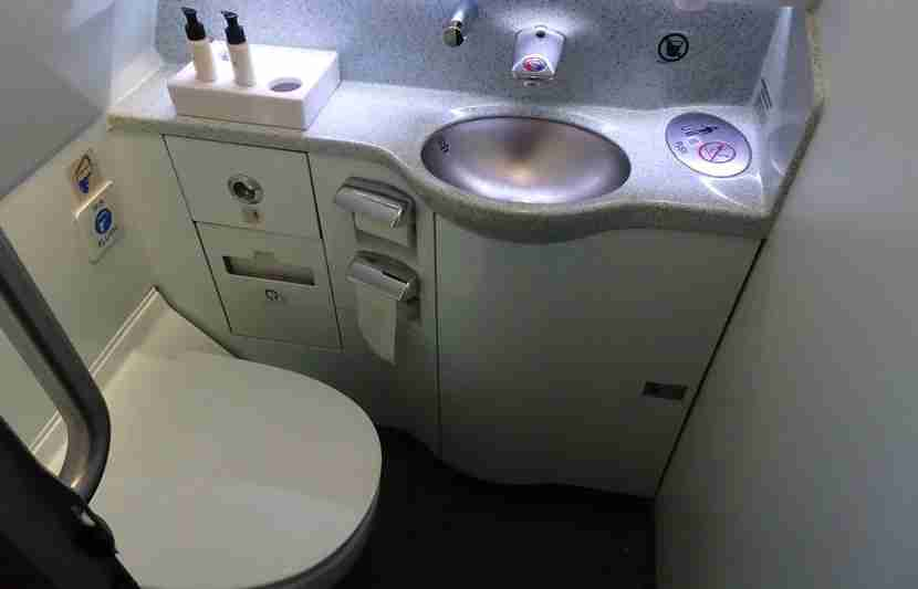 CX-A330-Bus-Review37