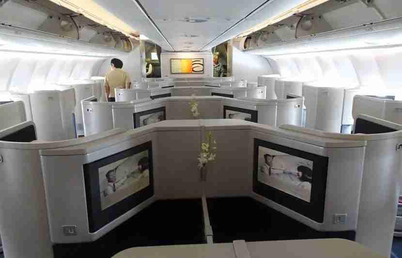 CX-A330-Bus-Review9