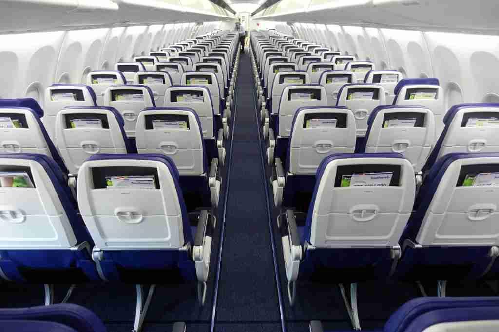 IMG-Southwest-737-max8-12