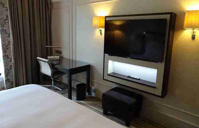 Paris-Room11