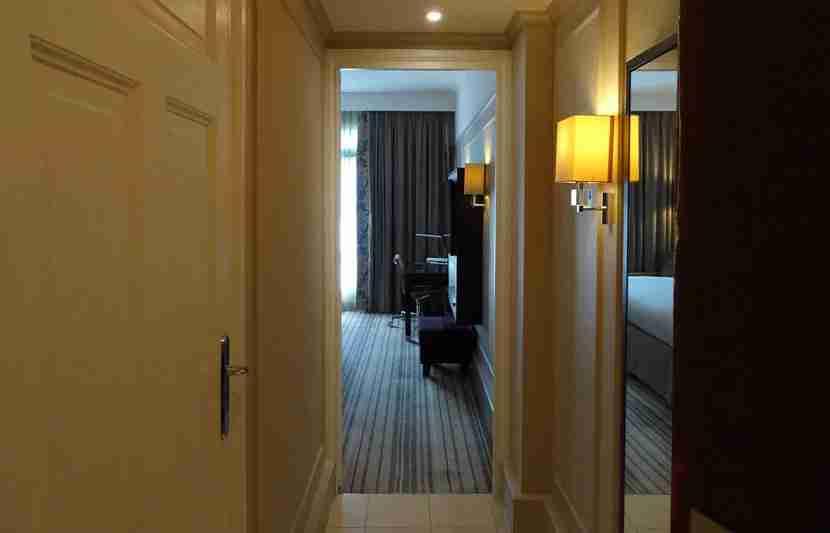 Paris-Room2