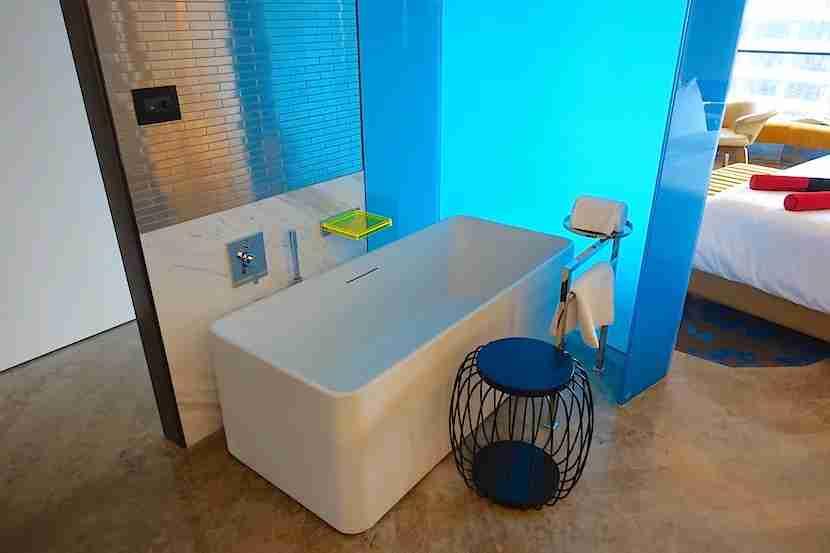 W Shanghai bath