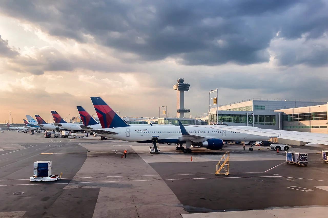 Why the Amex Platinum might just be the best card for Delta flyers
