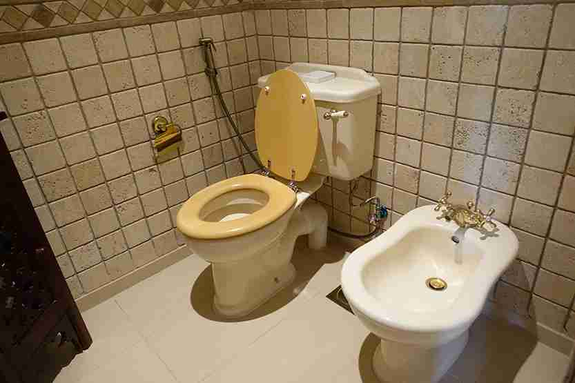 Bathroom toilet Al Maha Desert Resort Dubai Review