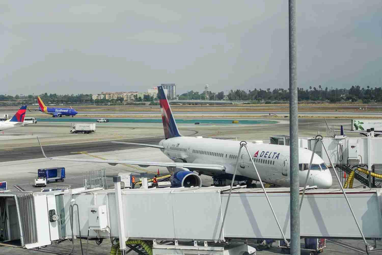 Delta-05800