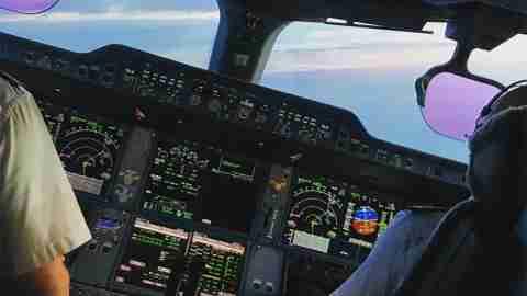 Pilots-to-follow-on-instagram