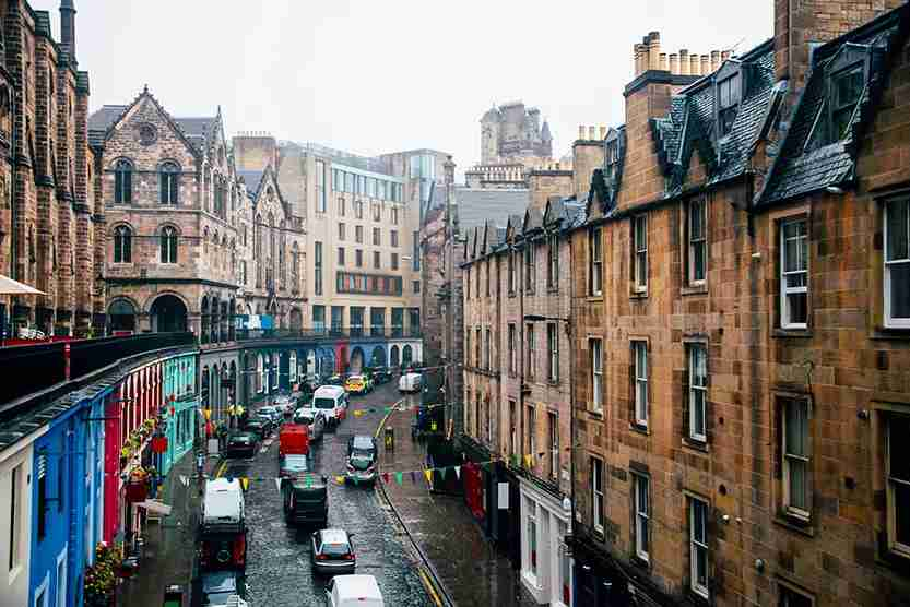 Take a stroll through Edinburgh